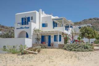 orkos blue coast building in naxos